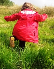 Nature Play kid running